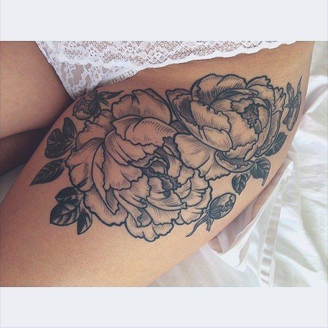 Tatuaż Na Przedramieniu To Kobiece Kwiaty Tattoo Rosa Na